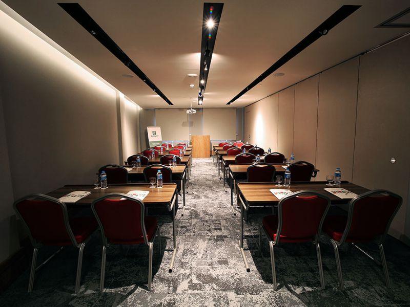 Nilüfer  Toplantı Odası